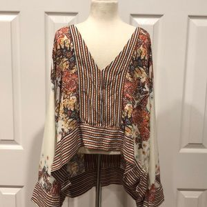 🌺 Beautiful Free People Top
